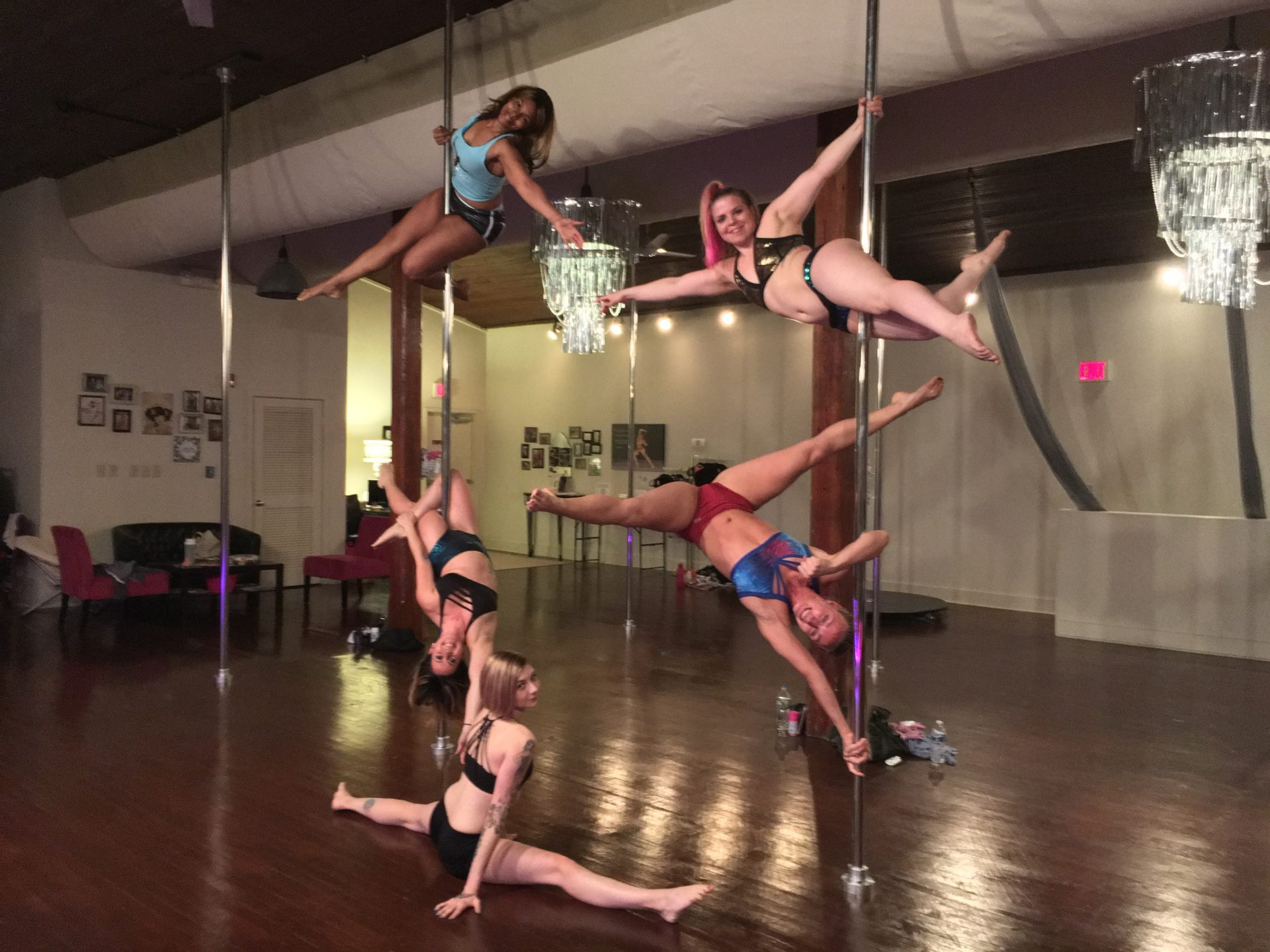 Studio Spin Pole Class